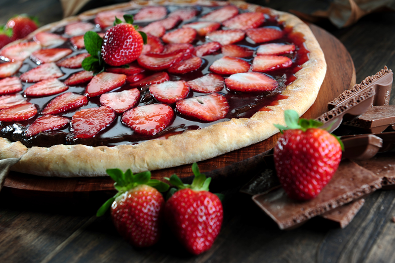 Trendy Chocolate Strawberry Pizza - Texas Restaurant Equipment